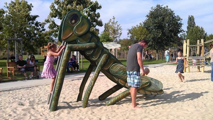 Blumengaerten Hirschstetten - Insektenspielplatz