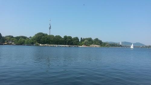 Alte Donau - Donauturm 500 px